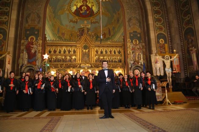 14.Corul Arhanghelii Orastie, dirijor Marius Popa
