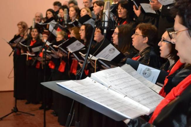 4. Corul Arhanghelii din Orastie, dirijor Marius Popa
